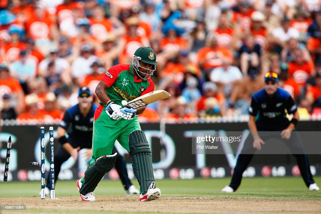 <a gi-track='captionPersonalityLinkClicked' href=/galleries/search?phrase=Imrul+Kayes&family=editorial&specificpeople=5565752 ng-click='$event.stopPropagation()'>Imrul Kayes</a> of Bangladesh is bowled by <a gi-track='captionPersonalityLinkClicked' href=/galleries/search?phrase=Trent+Boult&family=editorial&specificpeople=4880813 ng-click='$event.stopPropagation()'>Trent Boult</a> of New Zealand during the 2015 ICC Cricket World Cup match between Bangladesh and New Zealand at Seddon Park on March 13, 2015 in Hamilton, New Zealand.