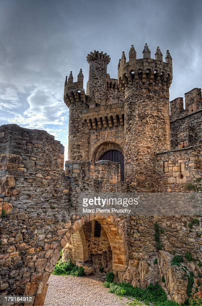 CONTENT] In 1178 Ferdinand II of León donated the city to the Templar order for protecting the pilgrims on the Way of St James who passed through El...
