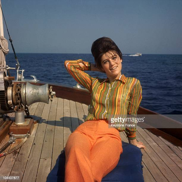 In 1967 the French singer SHEILA relaxed on her boat during her vacation on the French Riviera