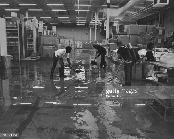 JAN 13 1975 JAN 13 1976 in belowfreezing tempera hasn't been estimated Credit Denver Post