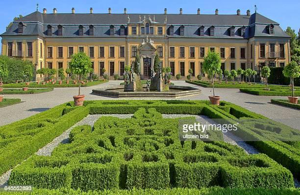In den Herrenhäuser Gärten in Hannover hier mit der Orangerie