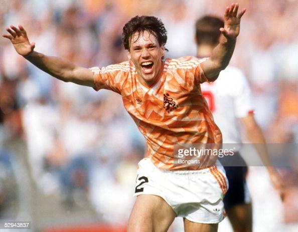 EM 1988 in DEUTSCHLAND Duesseldorf ENGLAND HOLLAND 13 JUBEL Marco VAN BASTEN/HOL