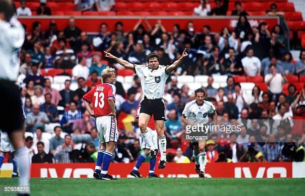 FUSSBALL EM 1996 in ENGLAND Manchester 090696 DEUTSCHLAND TSCHECHIEN 20 Andreas MOELLER/DEUTSCHLAND