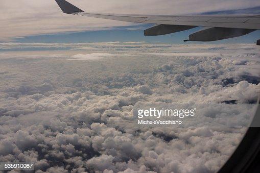 Em Vôo acima dos Alpes entre a Itália e a Suíça : Foto de stock