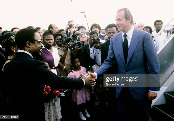 In his official trip to Gabon the Spanish King Juan Carlos of Borbon is greeted at the airport of Libreville by the Congolese President Omar Bongo...