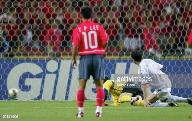 WM 2002 in JAPAN und KOREA Daegu SPIEL UM PLATZ 3/SUEDKOREA TUERKEI TOR zum 01 durch Hakan SUEKUER/TUR