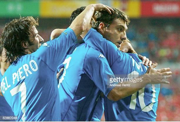 WM 2002 in JAPAN und KOREA Daejeon Match 56/ACHTELFINALE/KOREA ITALIEN 01 TOR JUBEL ITA DEL PIERO VIERI und TOTTI