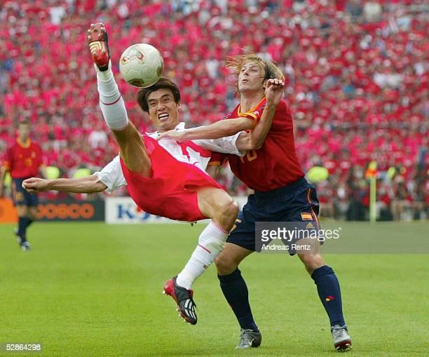 WM 2002 in JAPAN und KOREA Gwangju Match 59/VIERTELFINALE/SPANIEN KOREA 35 nE Jin Cheul CHOI/KOR MENDIETA/ESP
