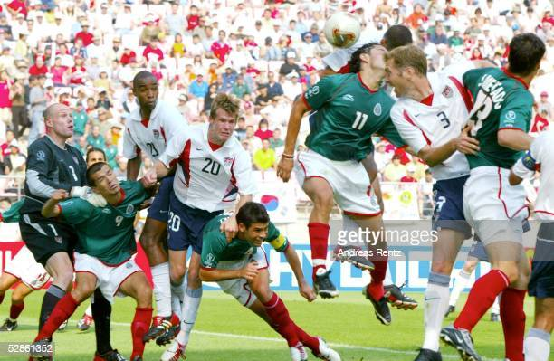 WM 2002 in JAPAN und KOREA Jeonju Match 53/ACHTELFINALE/MEXIKO USA 02 TORSZENE