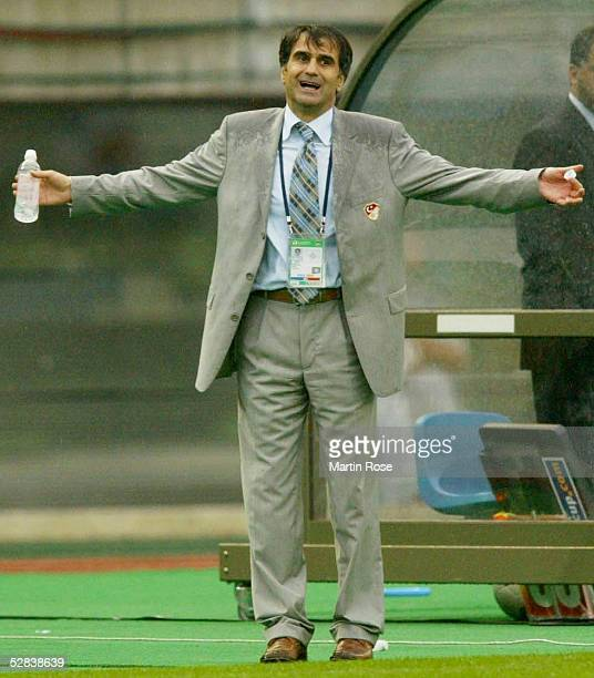 WM 2002 in JAPAN und KOREA Miyagi Match 55/ACHTELFINALE/JAPAN TUERKEI 01 Trainer Senol GUENES/TUR