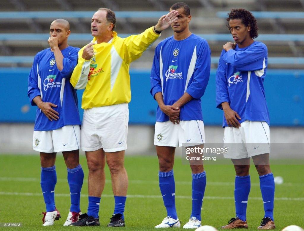 WM 2002 in JAPAN und KOREA, Saitama; BRASILIEN TRAINING; ROBERTO CARLOS, TRAINER Luiz Felipe SCOLARI, RIVALDO, RONALDINHO
