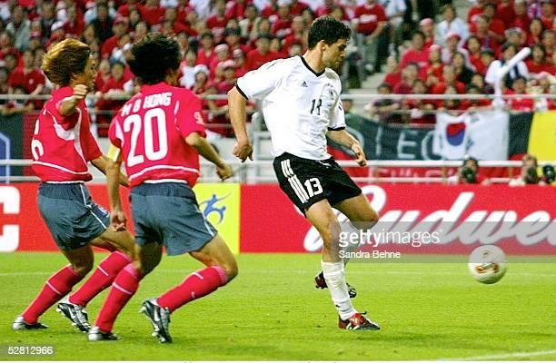 WM 2002 in JAPAN und KOREA Seoul Match 61/HALBFINALE/DEUTSCHLAND KOREA 10 TORSZENE zum 10 durch Michael BALLACK/GER