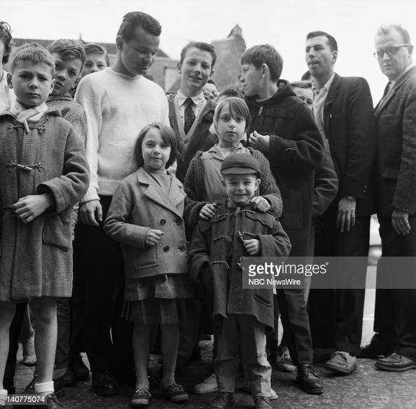 TODAY 'TODAY in Paris 1959' Pictured Locals in Paris France from April 27 May 1 1959 Photo by NBC/NBC NewsWire