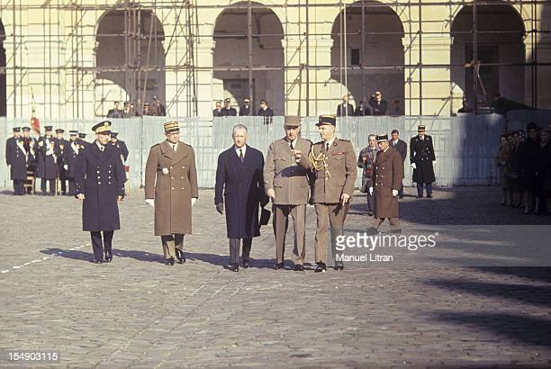 In Paris in February 1967 the General de Gaulle decorates the French atomic engineers armed with the minister Pierre Messmer and general of the...