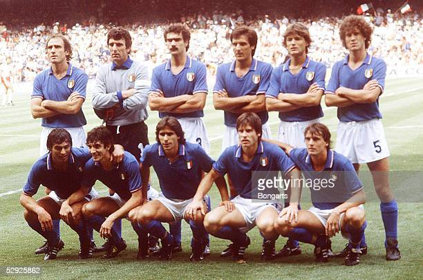 WM 1982 in Spanien Vigo Team/Mannschaft ITALIEN/ITA hintere Reihe vlks GRAZIANI Torwart ZOFF BERGOMI ANTOGNONI COLLOVATI vordere Reihe vlks CABRINI...
