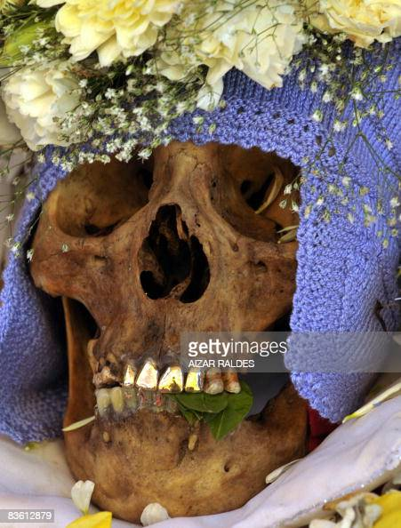 STORY in Spanish by Ruben Sandi Picture of a 'atita' with golden teeth of the Galindo family taken at the General Cemetery of La Paz on November 8...