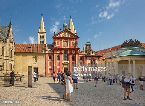 In the yard of Prague Castle, Czech Republic : Foto de stock