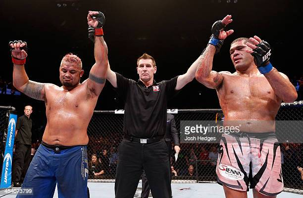 [CAPTION] in their heavyweight fight during the UFC Fight Night event at the Brisbane Entertainment Centre on December 7 2013 in Brisbane Australia