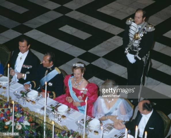 In their official visit to Denmark the Spanish Kings Juan Carlos and Sofia in an official dinner hosted by the Danish Queen Margaret II at the...