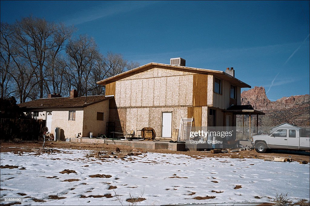 In this community of polygamists at the border of Utah and Arizona home of the Fundamentalist Church of Jesus Christ of Latter Day Saints houses are...