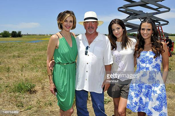 In this handout image Brenda Strong artist Stan Herd Julie Gonzalo and Jordana Brewster are seen as TNT's Dallas cast celebrates JetBlue's new...