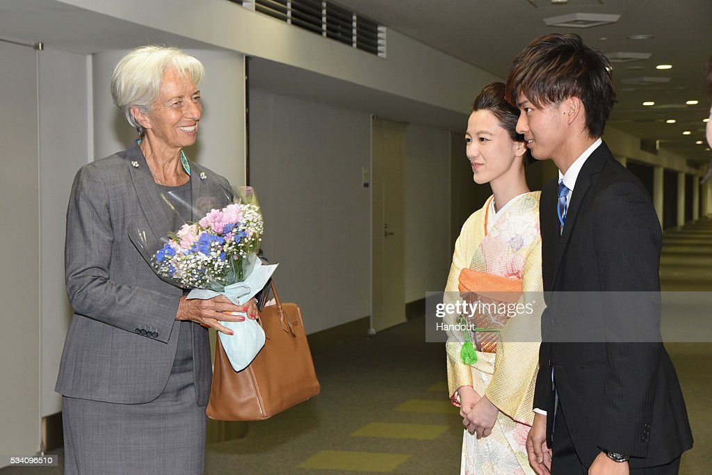 In this handout image provide by Foreign Ministry of Japan, Christine Lagarde (L), the managing director of International Monetary Fund, is seen upon arrival ahead of the G7 Japan 2016 at the Chubu Centrair International Airport on May 25, 2016 in Nagoya, Japan. In the two-day summit held on May 26 and 27, the G7 leaders are scheduled to discuss the pressing global issues including counter-terrorism, energy policy, and sustainable development.