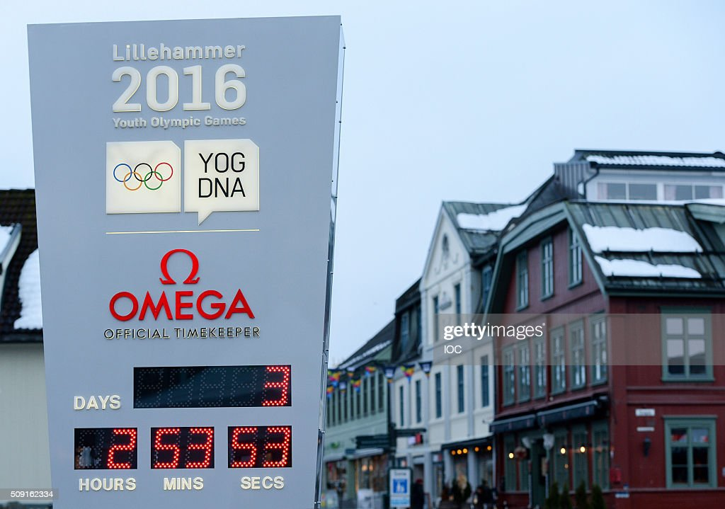 In this handout image supplied by the IOC a clock in the town centre of Lillehammer counts down to the 2016 Winter Youth Olympic Games on February 9, 2016 in Lillehammer, Norway.