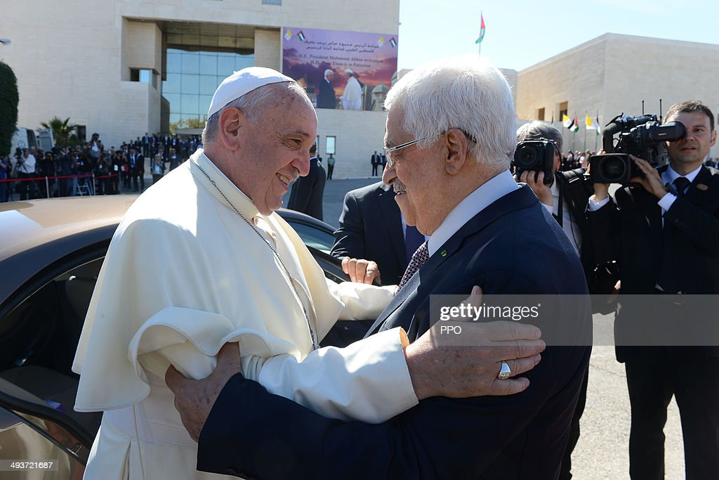 In this handout image supplied by the Palestinian Press Ofiice (PPO) Palestinian President Mahmoud Abbas greets Pope Francis on May 25, 2014, Ramallah, West Bank. Pope Francis addressed the Israeli-Palestinian conflict as 'unacceptable' and urged both sides to find courage in seeking a peaceful solution.