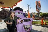 Sarah Michelle Gellar Celebrates Halloween Time at...