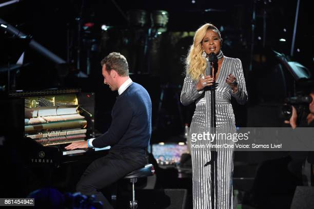 In this handout photo provided by One Voice Somos Live recording artists Chris Martin and Mary J Blige perform onstage during 'One Voice Somos Live A...