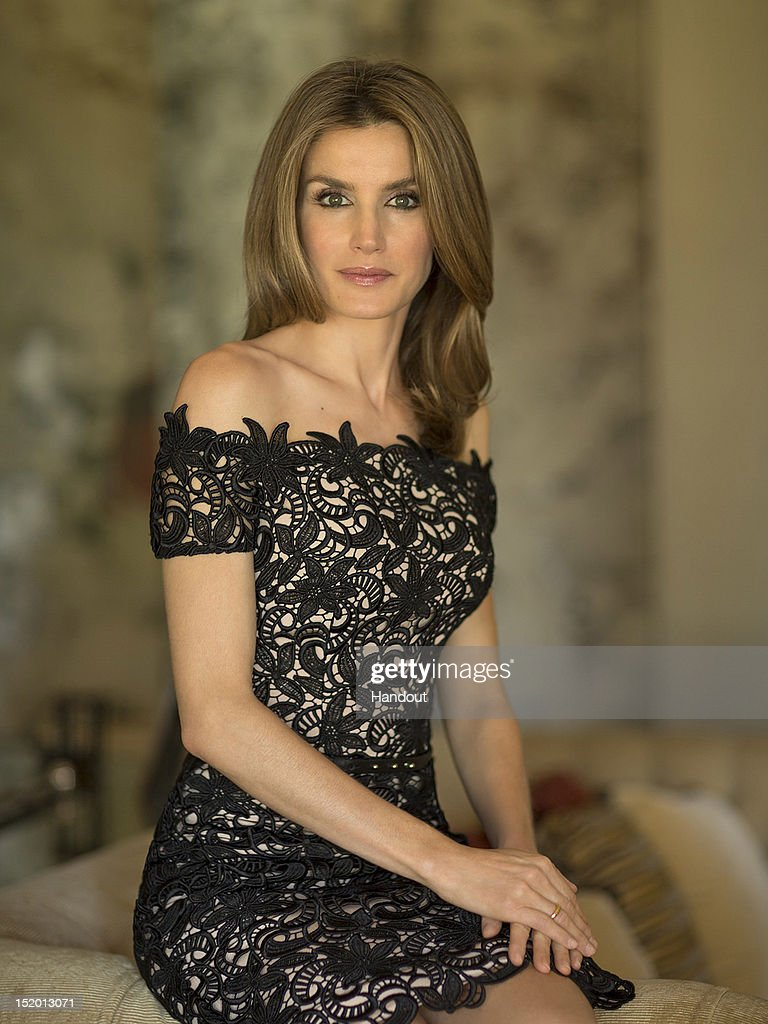 In this handout photo provided by the Royal Press Department, Princess Letizia of Spain poses at Zarzuela Palace on September 15, 2012 in Madrid, Spain. Princess Letizia of Spain celebrates her 40th birthday today.