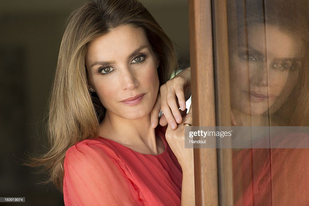 In this handout photo provided by the Royal Press Department, Princess <a gi-track='captionPersonalityLinkClicked' href=/galleries/search?phrase=Letizia+of+Spain&family=editorial&specificpeople=158373 ng-click='$event.stopPropagation()'>Letizia of Spain</a> poses at Zarzuela Palace on September 15, 2012 in Madrid, Spain. Princess <a gi-track='captionPersonalityLinkClicked' href=/galleries/search?phrase=Letizia+of+Spain&family=editorial&specificpeople=158373 ng-click='$event.stopPropagation()'>Letizia of Spain</a> celebrates her 40th birthday today.