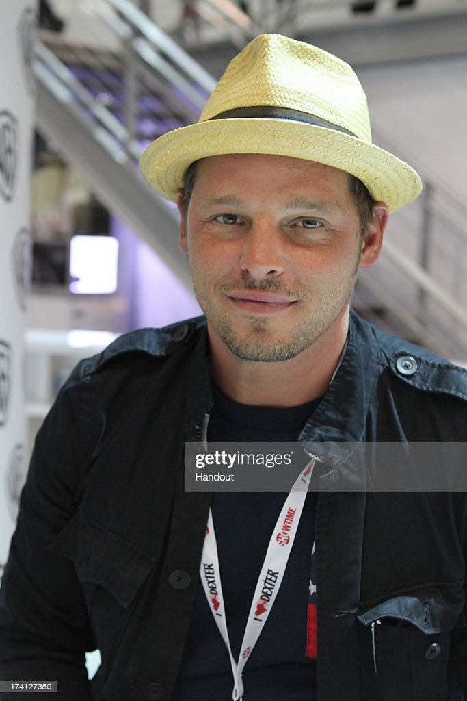In this handout photo provided by WBTV JUSTICE LEAGUE THE FLASHPOINT PARADOX star Justin Chambers aka The Flash attends the JUSTICE LEAGUE THE...