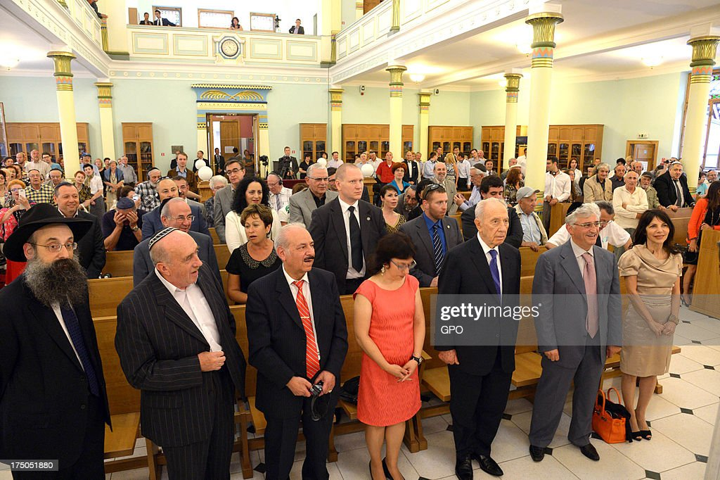 In this handout provided by the GPO, Israeli President Shimon Peres attends a service in a Jewish Synagogue July 30, 2013 in Riga, Latvia. Shimon Peres has embarked on a state visit to Latvia and Lithuania.