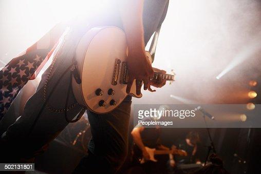 、彼のギター音楽