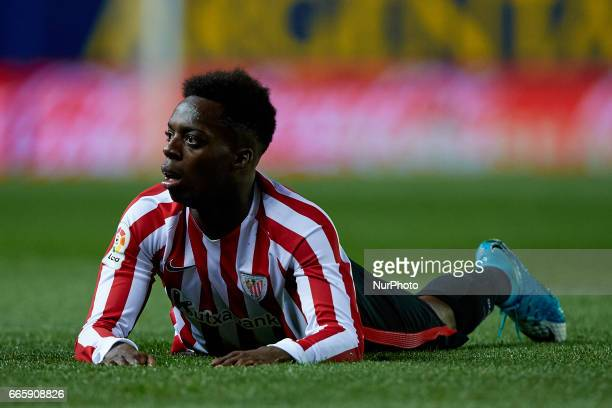 Inaki Williams of Athletic Club de Bilbao lays down on the pitch during the La Liga match between Villarreal CF and Athletic Club de Bilbao at...
