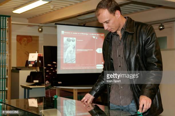 Inauguration de l'exposition virtuelle 'Le vetement dans le sport' Florian ROUSSEAU parrain de l'exposition INSEP