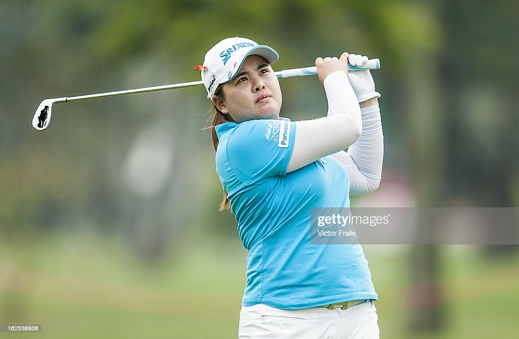 <a gi-track='captionPersonalityLinkClicked' href=/galleries/search?phrase=Inbee+Park&family=editorial&specificpeople=4532692 ng-click='$event.stopPropagation()'>Inbee Park</a> of South Korea plays a shot on the 14th hole during day four of the Hond LPGA Thailand at Siam Country Club on February 24, 2013 in Chon Buri, Thailand.