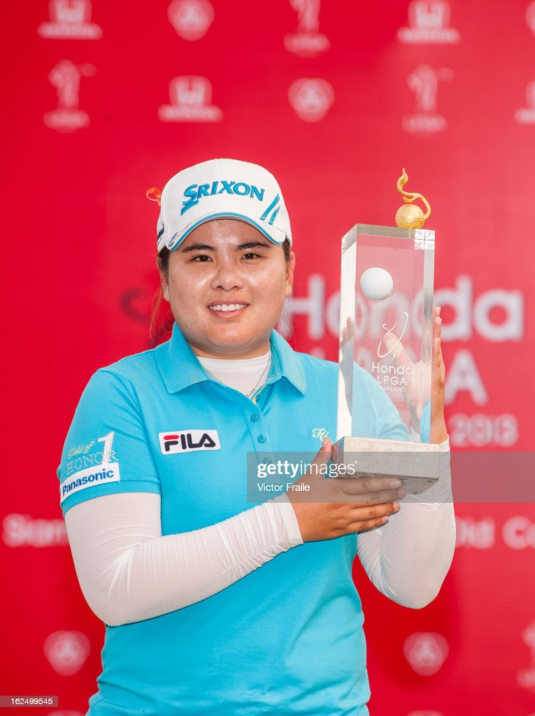 <a gi-track='captionPersonalityLinkClicked' href=/galleries/search?phrase=Inbee+Park&family=editorial&specificpeople=4532692 ng-click='$event.stopPropagation()'>Inbee Park</a> of South Korea poses with the trophy after winning the Hond LPGA Thailand at Siam Country Club on February 24, 2013 in Chon Buri, Thailand.