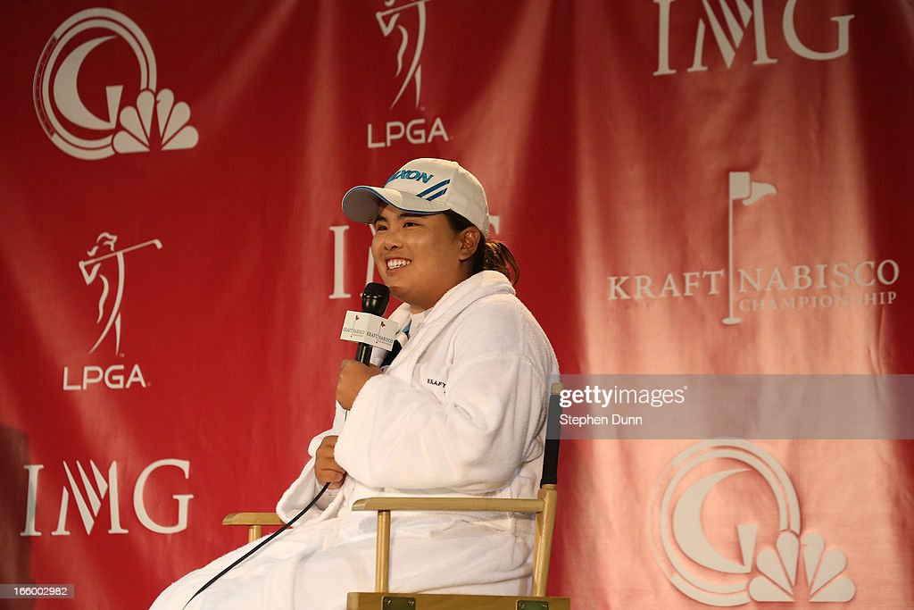 <a gi-track='captionPersonalityLinkClicked' href=/galleries/search?phrase=Inbee+Park&family=editorial&specificpeople=4532692 ng-click='$event.stopPropagation()'>Inbee Park</a> of South Korea speaks in the media center folowing the final round of the Kraft Nabisco Championship at Mission Hills Country Club on April 7, 2013 in Rancho Mirage, California.