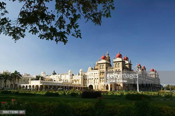 India, Karnataka-Mysore, Majarajah's Palace, exterior