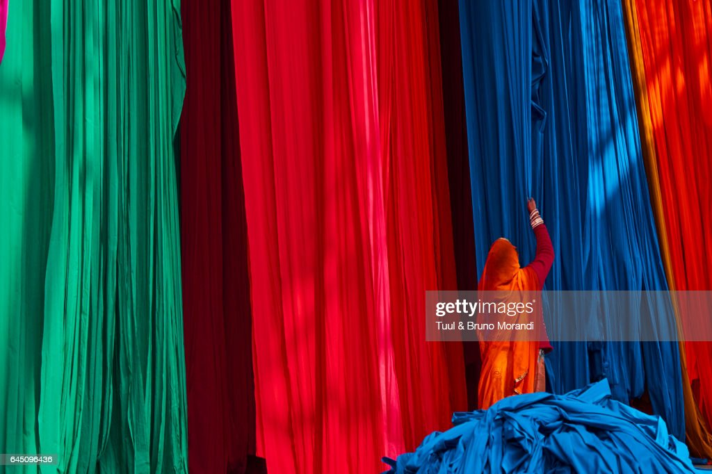 India, Rajasthan, Sari Factory : Stock Photo