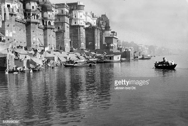 India Uttar Pradesh Varanasi The Ghats of the Ganges 1931 Photographer Emil Otto Hoppe Published by 'Berliner Illustrirte Zeitung' Vintage property...