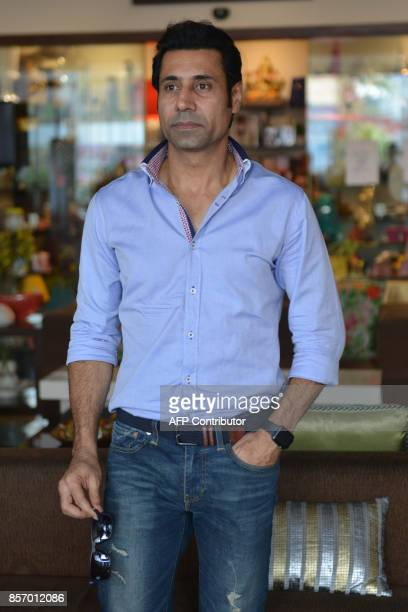 Indian actor Binnu Dhillon poses during a promotional event for the upcoming Punjabi film 'Bailaras' at an hotel in Amritsar on October 3 2017 / AFP...