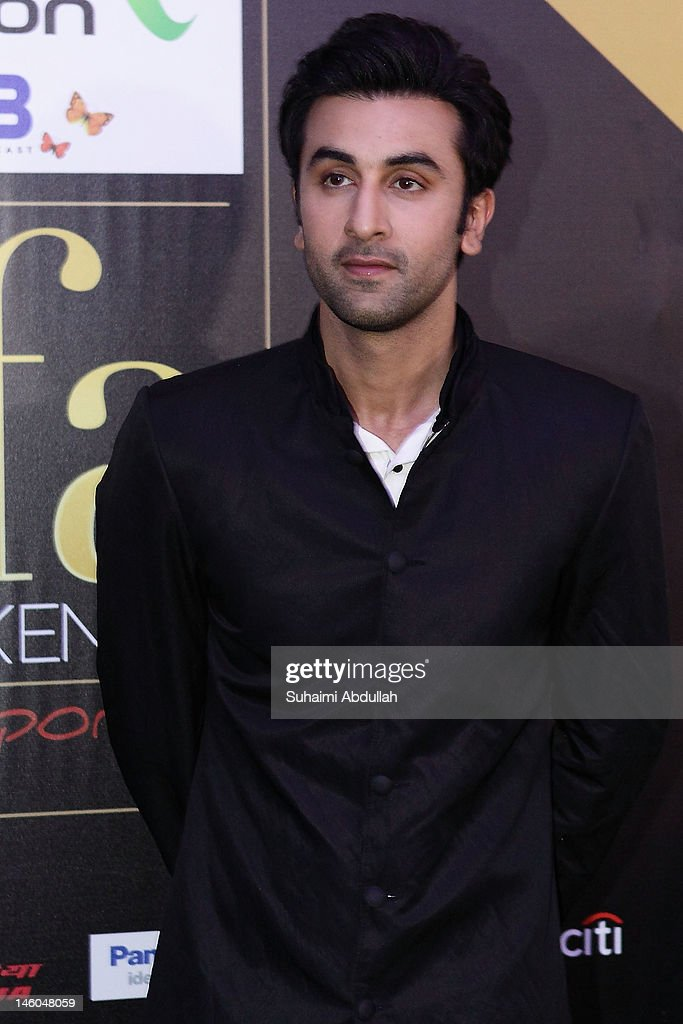 Indian actor <a gi-track='captionPersonalityLinkClicked' href=/galleries/search?phrase=Ranbir+Kapoor&family=editorial&specificpeople=4534979 ng-click='$event.stopPropagation()'>Ranbir Kapoor</a> poses at the IIFA green carpet event at the 2012 International India Film Academy Awards at the Singapore Indoor Stadium on June 9, 2012 in Singapore.