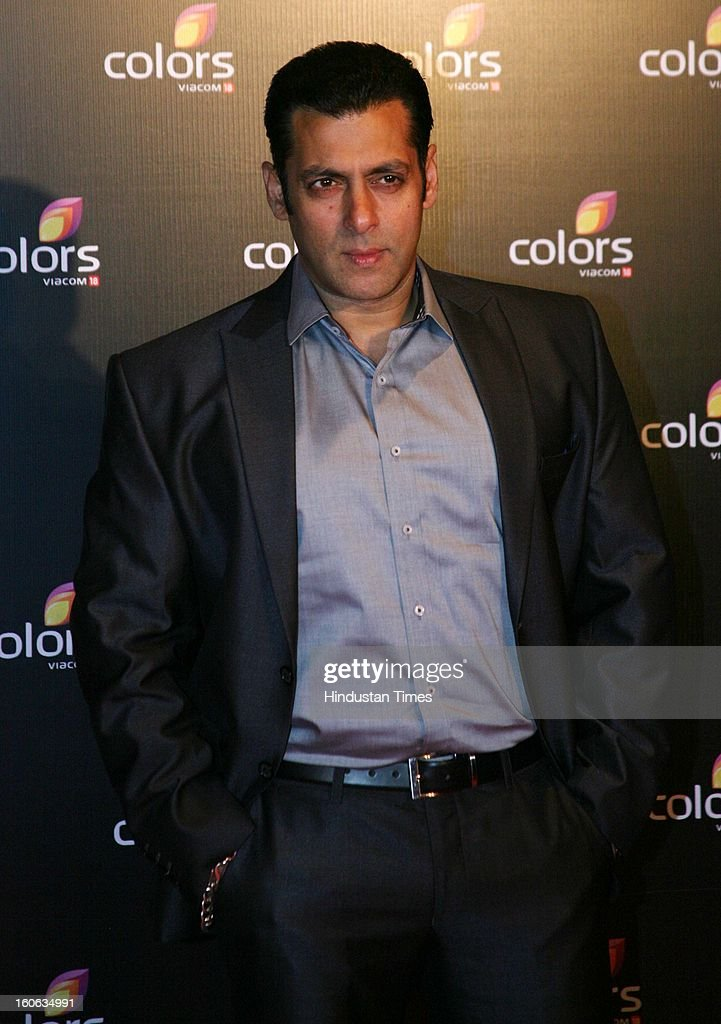 Indian actor <a gi-track='captionPersonalityLinkClicked' href=/galleries/search?phrase=Salman+Khan+-+Acteur&family=editorial&specificpeople=558807 ng-click='$event.stopPropagation()'>Salman Khan</a> during 4th anniversary party of Colors at Grand Hyaat on February 2, 2013 in Mumbai, India.