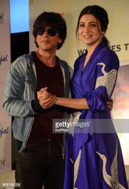 Indian actor Shahrukh Khan and Actress Anushka Sharma during the press conference of promotion of their film Jab harry Met Sejal in Kolkata India on...