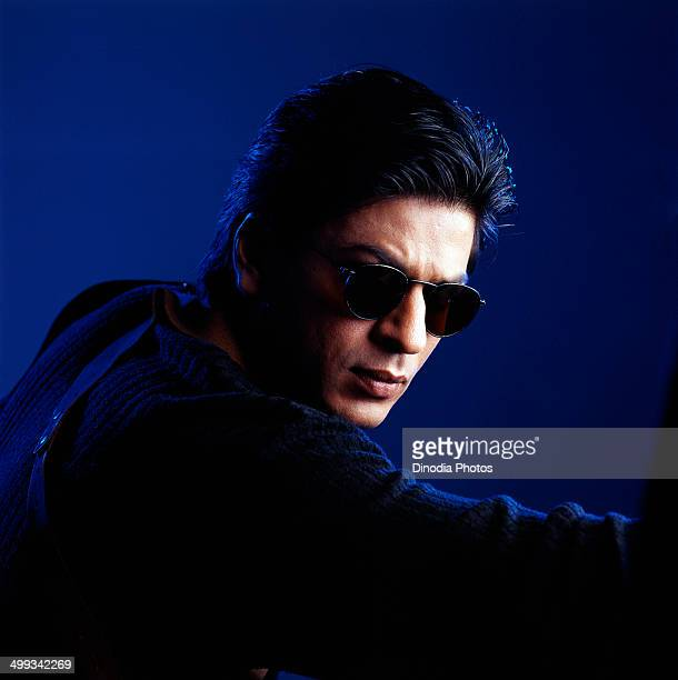Shahrukh Khan wearing sunglasses