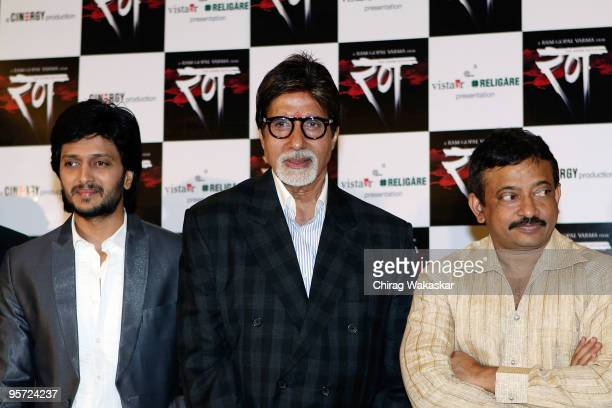 Indian actors Ritesh Deshmukh Amitabh Bachchan with filmmaker Ramgopal Varma at the press conference for new movie 'Rann' held at Hotel Taj Land's...