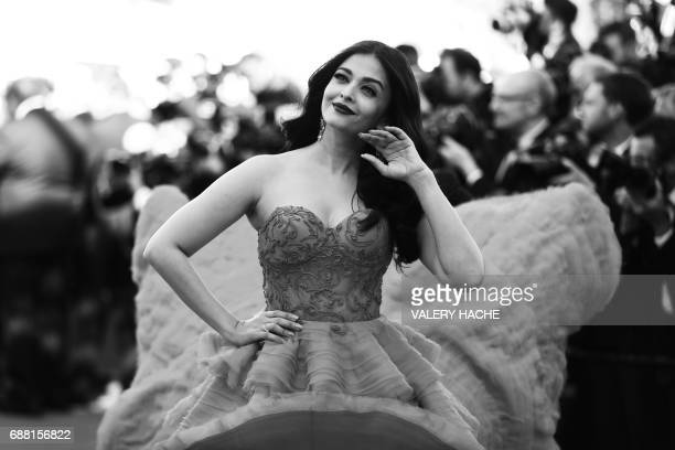 Indian actress Aishwarya Rai Bachchan poses as she arrives on May 20 2017 for the screening of the film '120 Beats Per Minute ' at the 70th edition...